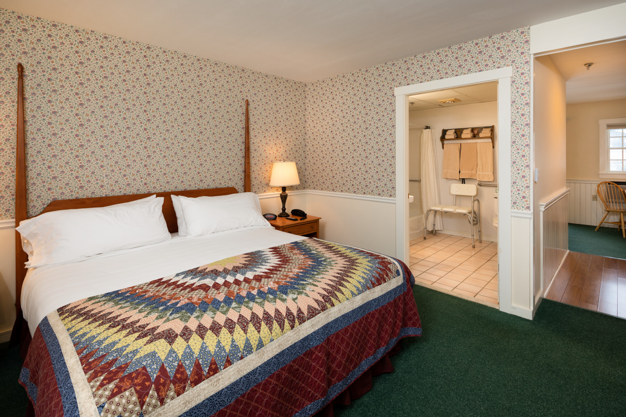 hotel near the best hiking Camden Maine has to offer