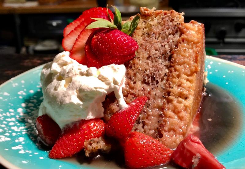 best restaurants rockport maine - fresh and co strawberry dessert