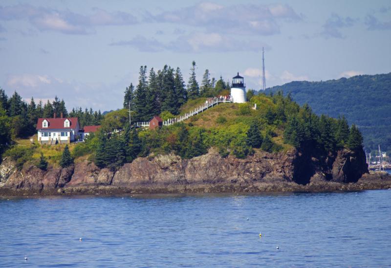 best lighthouses midcoast maine camden rockport rockland maine - owls head lighthouse