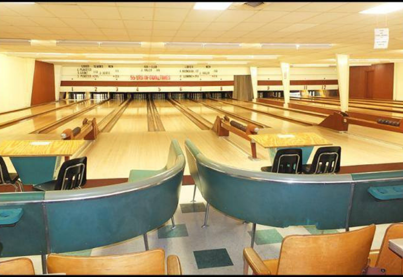 Oakland Park Bowling - winter things to do in Camden