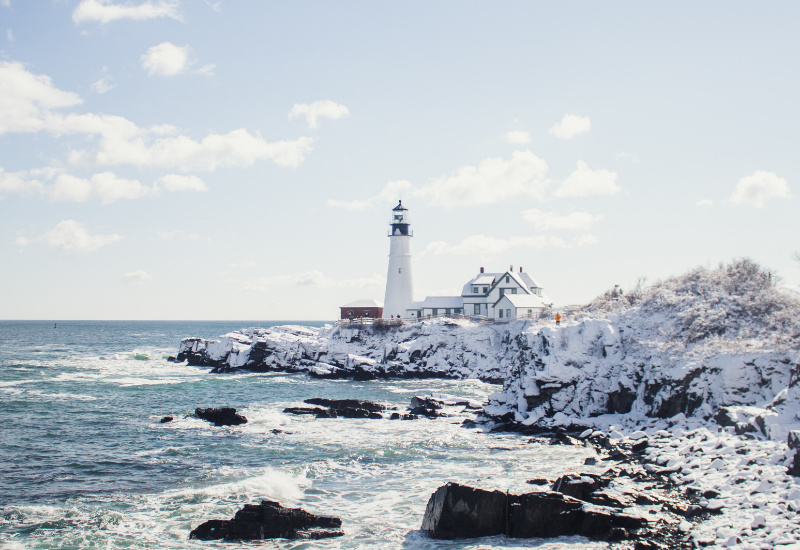 maine lighthouse in winter - winter things to do in Camden ME